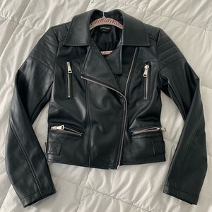 Bebé moto jacket size small